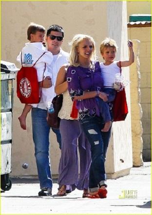 "Мир каратэ : Бритни Спирс: ""Я могу часами смотреть как мои ... бритни спирс сейчас"
