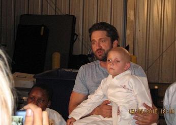 Джерард Батлер и дети